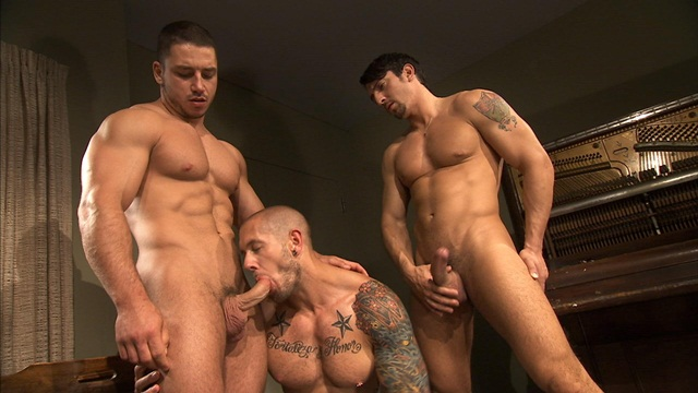 Abbed Men Caught Naked