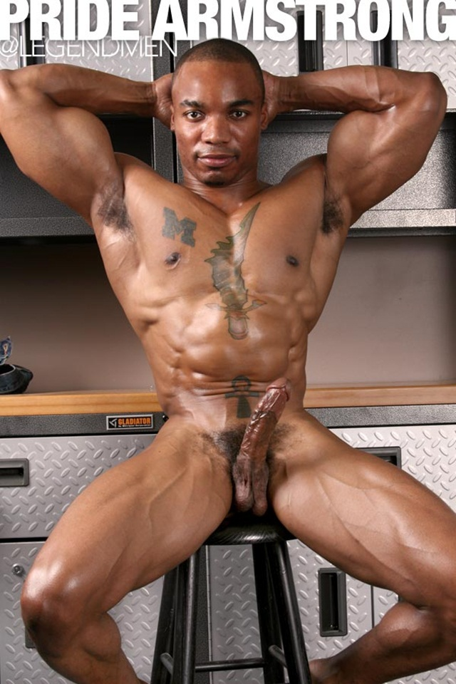 Cumming after muscled gay butt fucking 3