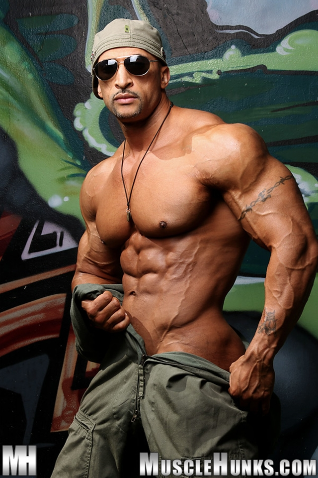 from Brycen muscly jerk female nudes