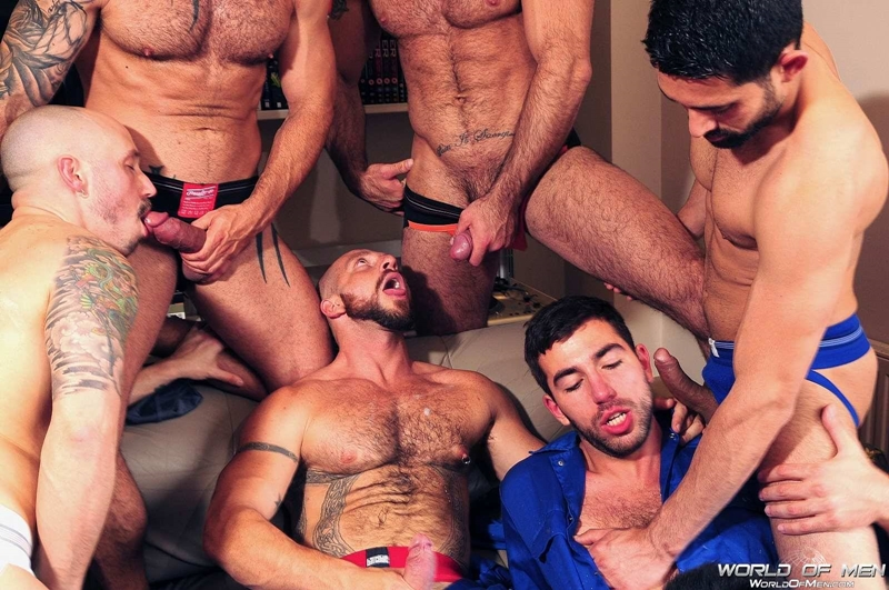 world of men  WorldofMen Adam Killian Aitor Crash Billy Baval Damian Boss Dominic Pacifico Spencer Reed Valentin Alsina 016 tube download torrent gallery sexpics photo Adam Killian, Aitor Crash, Billy Baval, Damian Boss, Dominic Pacifico, Spencer Reed and  Valentin Alsina
