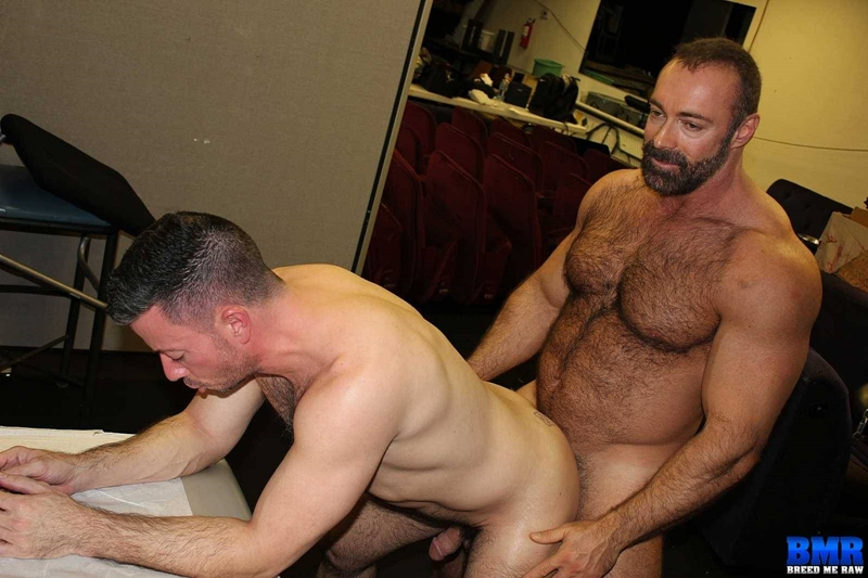 Best of Free Gay Muscle Daddy Porn