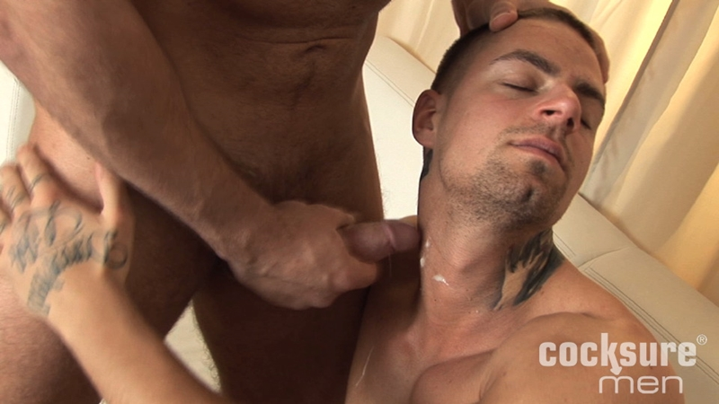 CocksureMen-Stud-Thomas-Ride-ripped-muscle-jock-Patrick-Tyson-deep-throating-rims-hairy-ass-hole-bareback-raw-sucks-cock-nut-016-gay-porn-video-porno-nude-movies-pics-porn-star-sex-photo