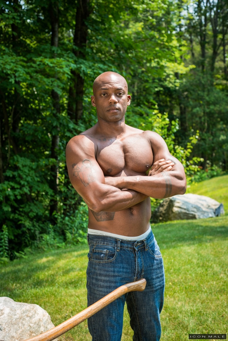 IconMale-Black-muscle-hunk-Osiris-Blade-Nick-Capra-muscular-body-huge-erection-big-cut-cock-sucking-cum-filled-balls-big-ebony-stud-fucks-ass-16-gay-porn-star-sex-video-gallery-photo