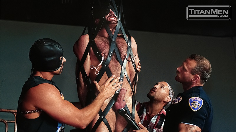 TitanMen-Austin-Masters-Bronn-Douglas-Damon-Page-Jackson-Reid-Jay-Black-Jim-Buck-Kyle-Brandon-Mike-Roberts-Ric-Hunter-Steve-Cannon-27-gay-porn-star-sex-video-gallery-photo