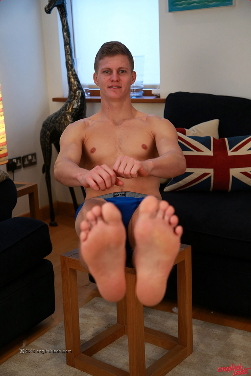 EnglishLads-sexy-naked-muscle-hunk-Greg-Hill-blond-young-man-smooth-chest-hairy-legs-six-pack-abs-jerking-huge-uncut-dick-35-gay-porn-star-tube-sex-video-torrent-photo