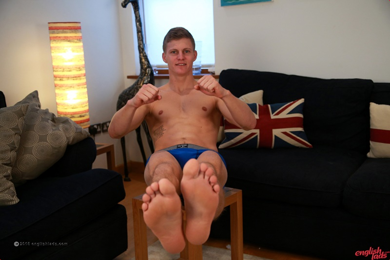 EnglishLads-sexy-naked-muscle-hunk-Greg-Hill-blond-young-man-smooth-chest-hairy-legs-six-pack-abs-jerking-huge-uncut-dick-36-gay-porn-star-tube-sex-video-torrent-photo