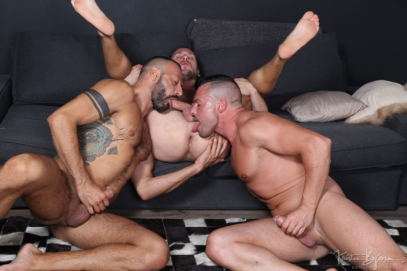 hot muscular 3some