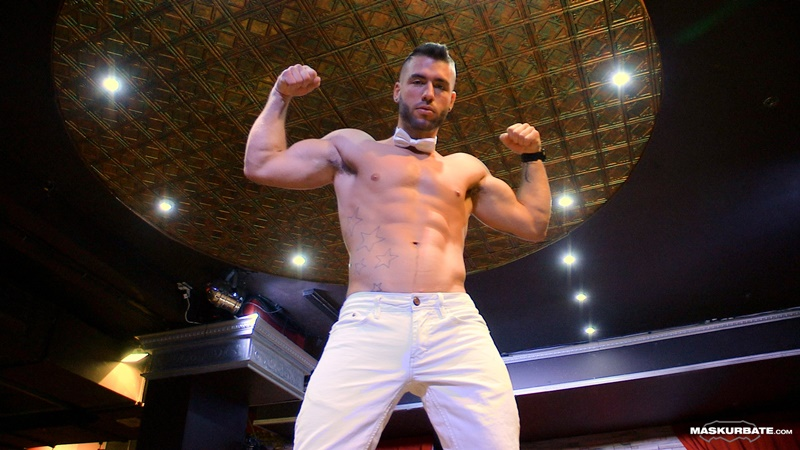 Maskurbate Junior strips down on Montreal's Stock bar stage