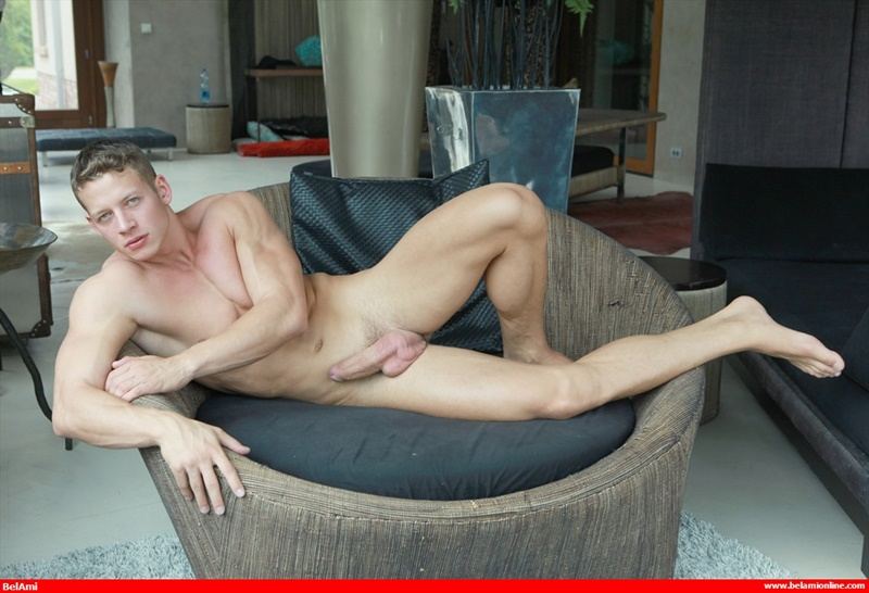 Würde ich naked ripped twink GOING