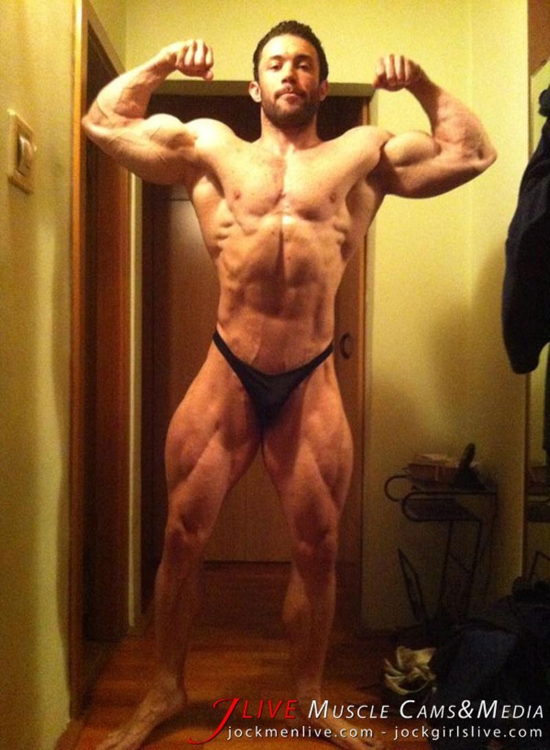 jockmenlive-jock-men-live-muscle-show-steve-bulk-massive-muscle-bodybuilder-naked-muscleman-huge-arms-lats-ripped-abs-008-gay-porn-sex-gallery-pics-video-photo