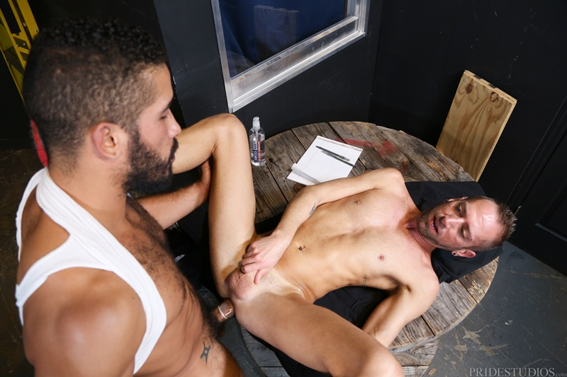 menover30-nude-muscle-older-mature-dudes-dek-reckless-knees-trey-turner-big-cock-ass-eats-rimming-rimjob-big-cock-sucking-anal-013-gay-porn-sex-gallery-pics-video-photo