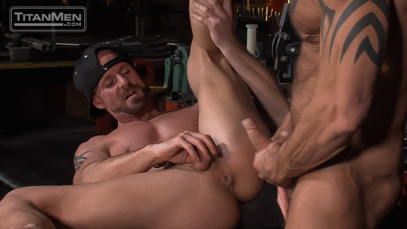 titanmen-hot-sexy-naked-big-muscle-dudes-dallas-steele-mitch-vaughn-flip-flop-ass-fucking-big-thick-large-dick-sucking-013-gay-porn-sex-gallery-pics-video-photo