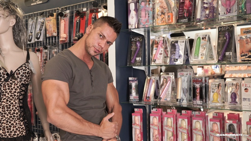 Big muscle bodybuilder ripped Angelo Godshack wanks his huge dick to a massive load of muscle cum