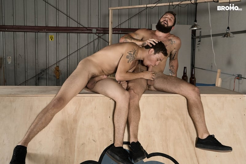 Men for Men Blog Bromo-Jeff-Powers-and-Zane-bubble-barebacks-butt-ass-001-gay-porn-pics-gallery Bearded hunk Jeff Powers returns the wet blowjob before ramming Zane's tight hole raw Bromo