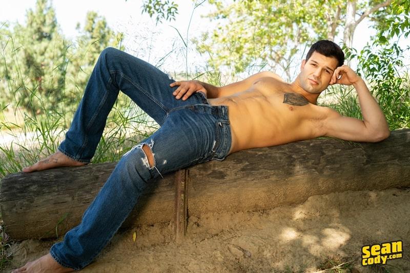 Interracial-bareback-anal-ripped-white-muscle-boy-Brysen-huge-bare-cock-fucks-sexy-black-dude-Ace-SeanCody-004-gay-porn-pics